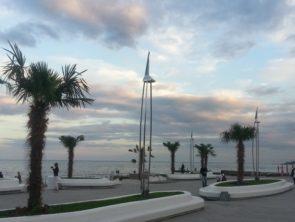 Площадь перед Дельфинарием