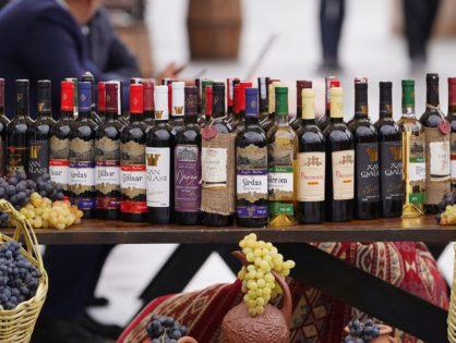 Фестиваль вина в  Фрумушике-Нова.